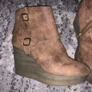 Sbicca booties